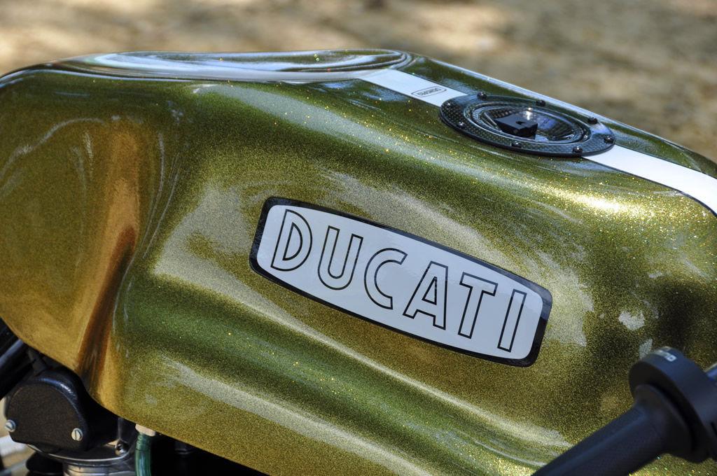 Ducati    Desmopro Golden Cafe