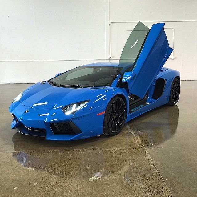 Lamborghini Aventador | Lamborghini Aventador with XPEL ULTIMATE paint protection film