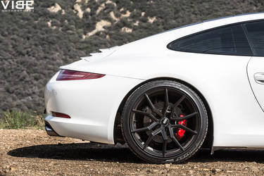 "2014 Porsche 911 | Porsche 911 Carrera on 20"" XO Luxury Wheels - Rear Right Wheel"