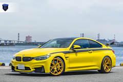 BMW M4 Pair - Stance Shot
