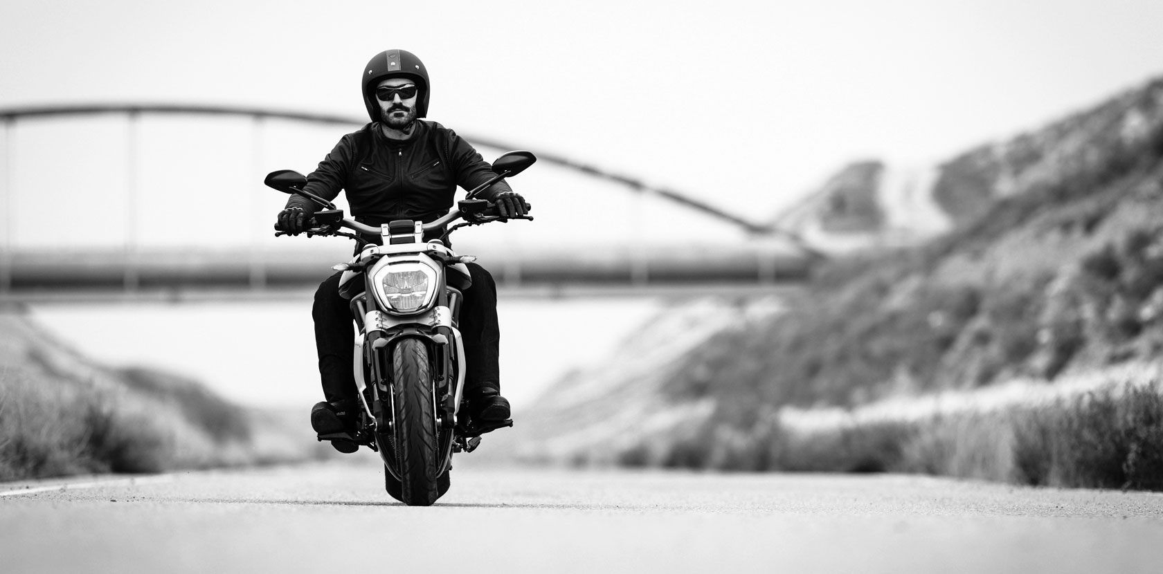2016 Ducati XDiavel S | XDiavel - Front Ride Shot