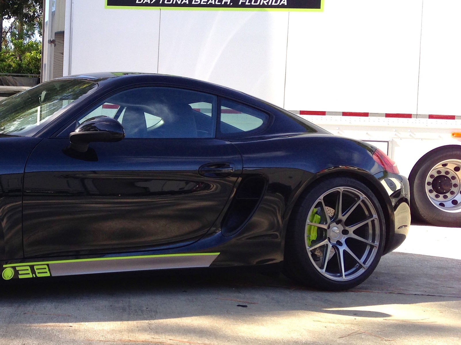 2014 Porsche Cayman | Daytona Special Porsche Cayman on GA1R Wheels