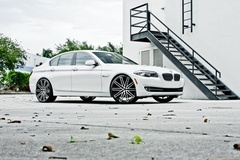 BMW 528i on Ruff Racing R955's