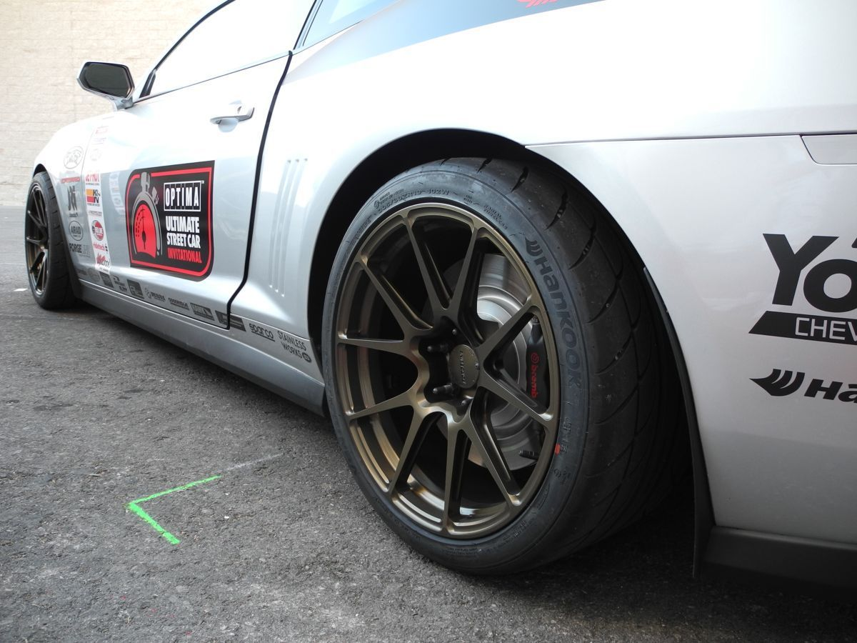 2011 Chevrolet Camaro | JDP Motorsports Stage V Track Spec Camaro SS on Forgeline GA1R Open Lug Cap Edition Wheels