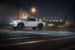 ZROADZ 2016 Toyota Tacoma by MHT Luxury Alloys
