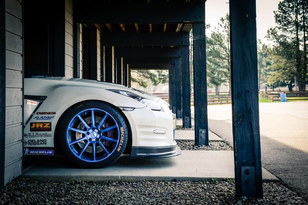 2013 Nissan GT-R | Bob Knoerzer's Nissan GT-R on Forgeline One Piece Forged Monoblock RB1 Wheels