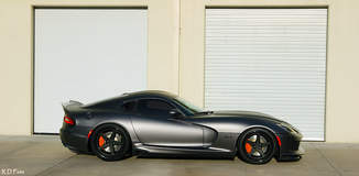 Ryan Frankenfield's Anodized Carbon Special Edition Dodge Viper GTS on Forgeline Heritage Series FF3 Wheels