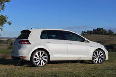 2016 Volkswagen Golf GTE