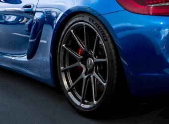 2016 Porsche Cayman | Smokies GT Blue Porsche Cayman GT4 on Forgeline One Piece Forged Monoblock GS1R Wheels
