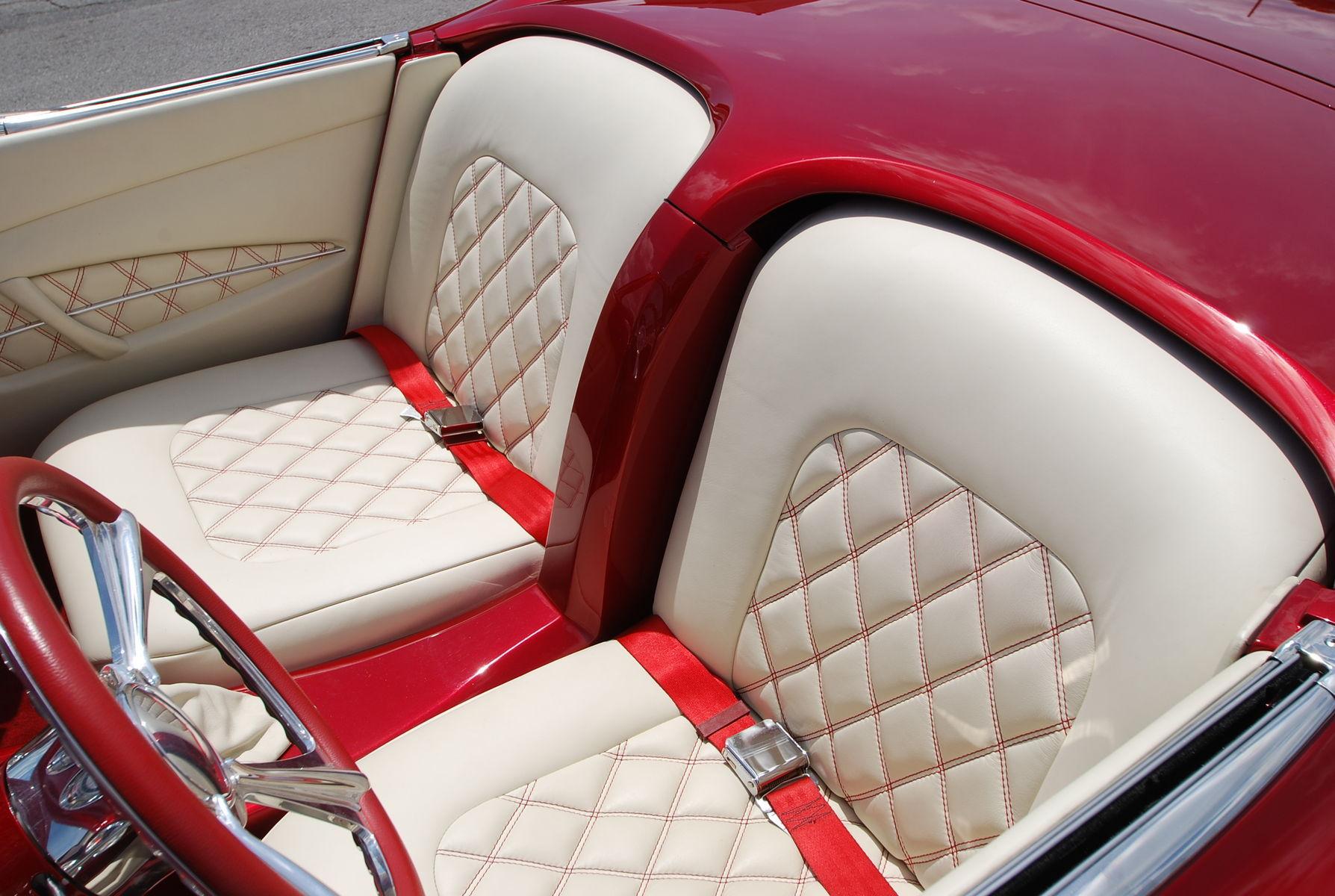 | Corvette Red & White