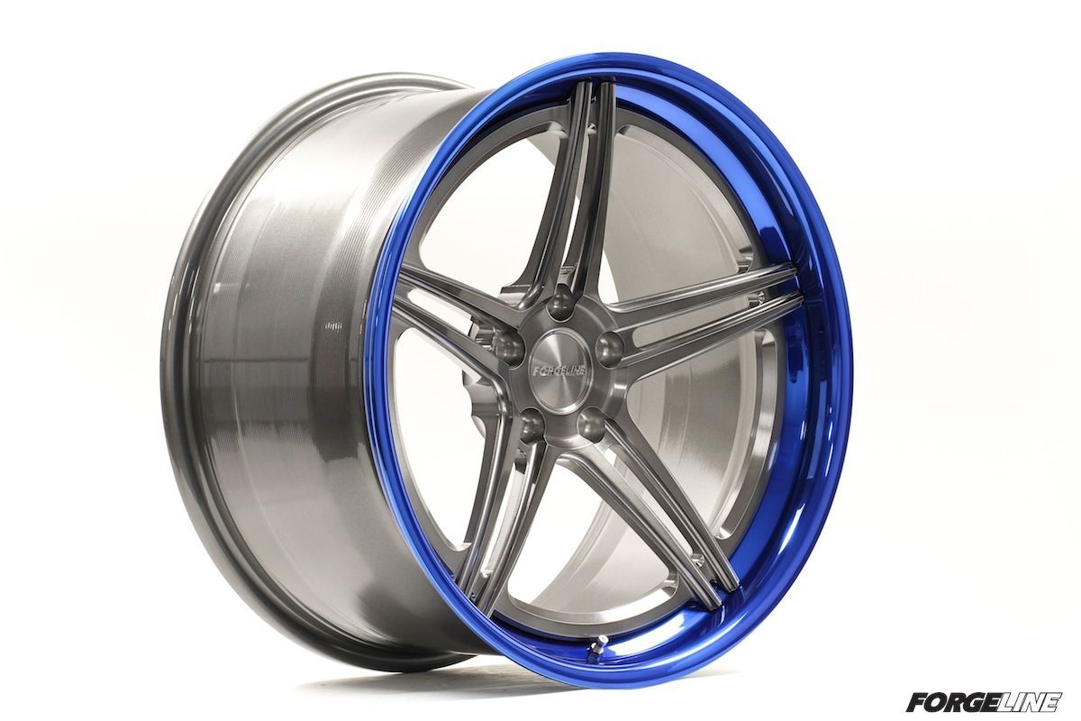 | Forgeline SC3C-SL Concave Stepped Lip with Transparent Smoke Center and Transparent Blue Outer
