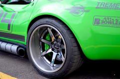 """Bob Bertelsen's """"Green Mamba"""" 1968 Corvette on Forgeline CV3C Concave Wheels"""