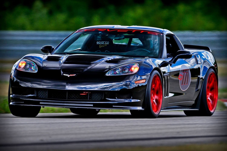 72 Chevrolet Corvette | C6 in race trim