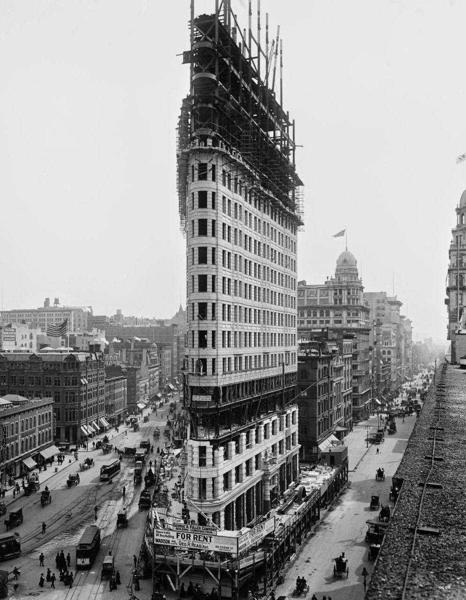   Iconic Construction