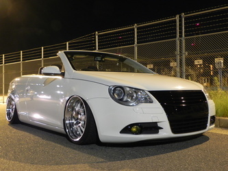 2010 Volkswagen Eos | '10 VW Eos on Klutch SL14's