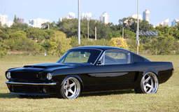 Mustang Fastback on Center Locking Forgeline CF3C Wheels