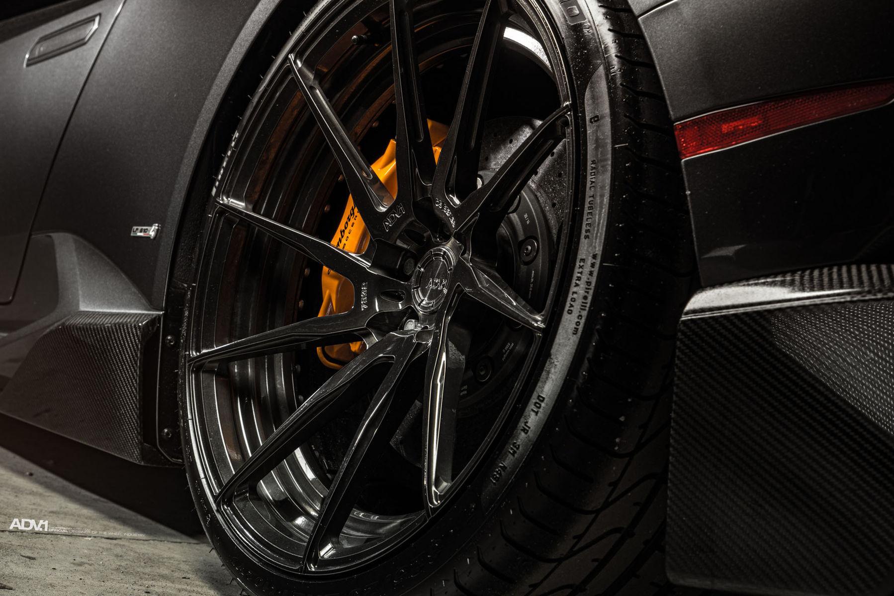 Lamborghini Huracan   ADV.1 Wheels Lamborghini Huracan LP610-4