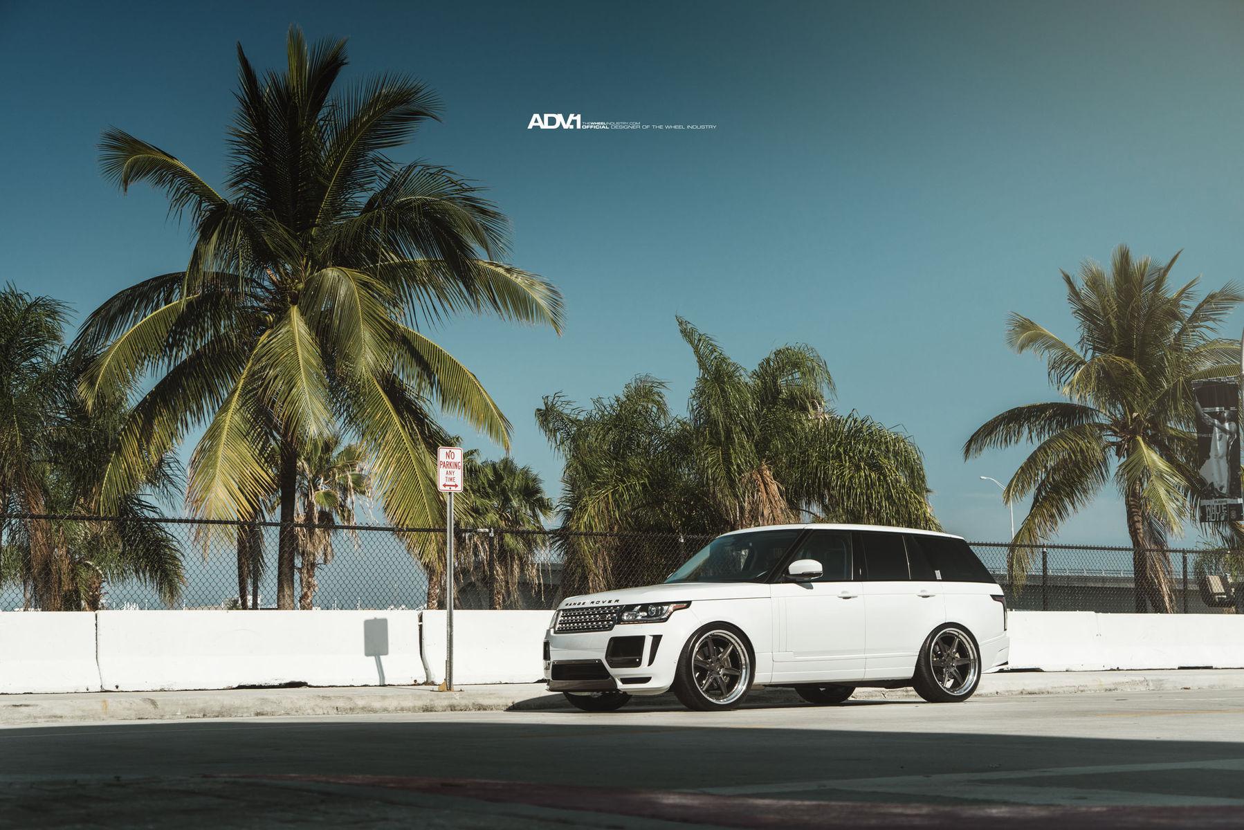 Land Rover Range Rover   ADV.1 Range Rover HSE