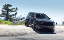 "Jeep Grand Cherokee on 22"" Vorsteiner V-FF 109 Gloss Black Wheels - Front End"