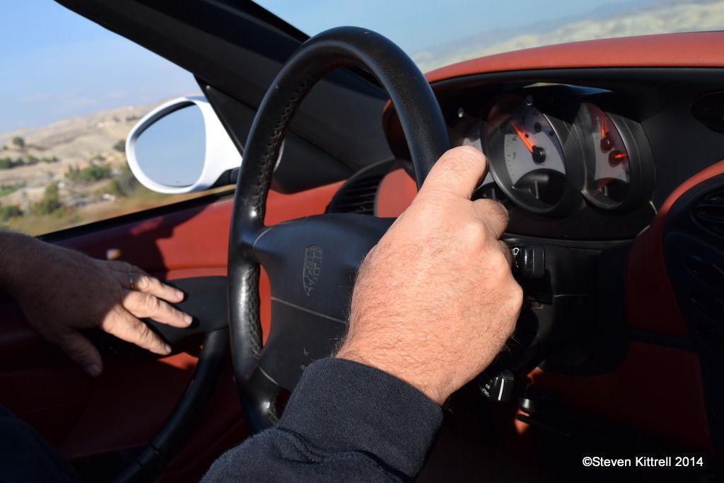 Porsche  | Steady Steering