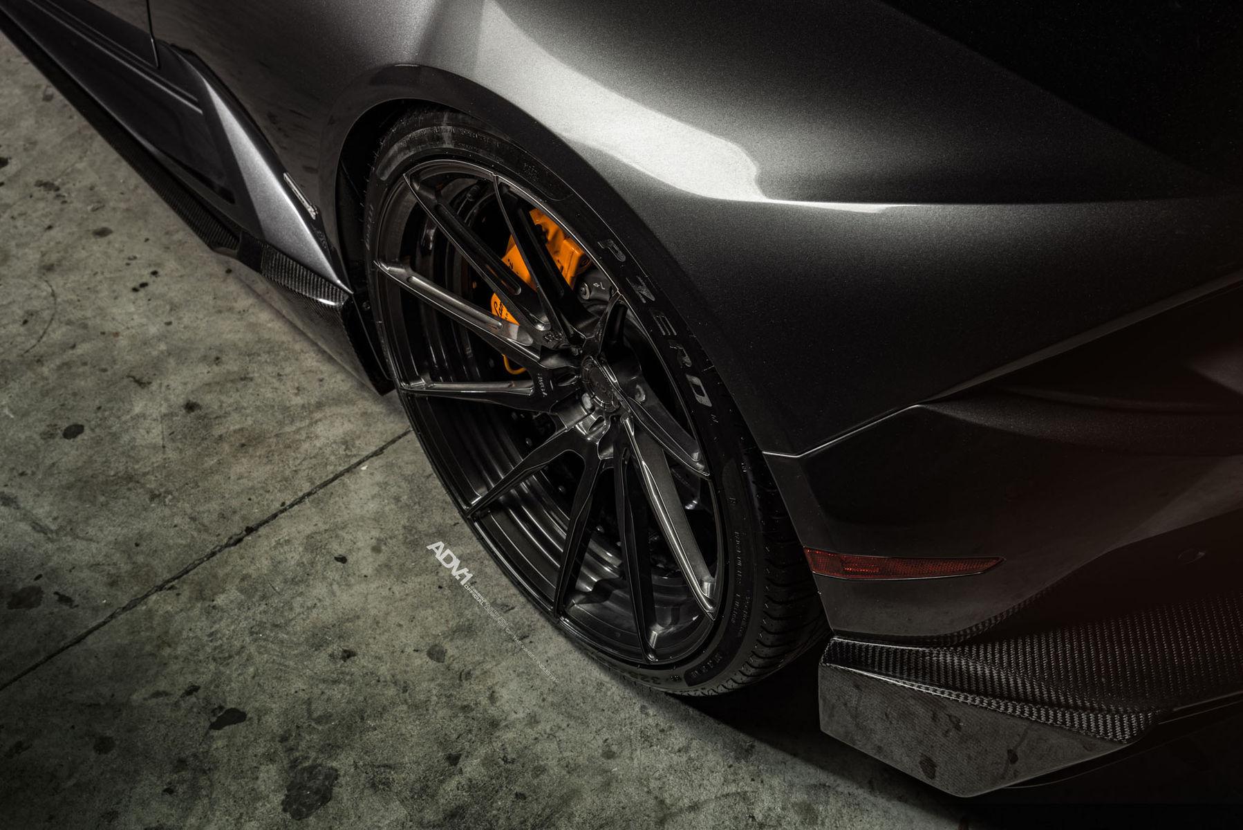 Lamborghini Huracan | ADV.1 Wheels Lamborghini Huracan LP610-4