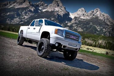 White GMC 2500 with Rigid Industries D-Series lights