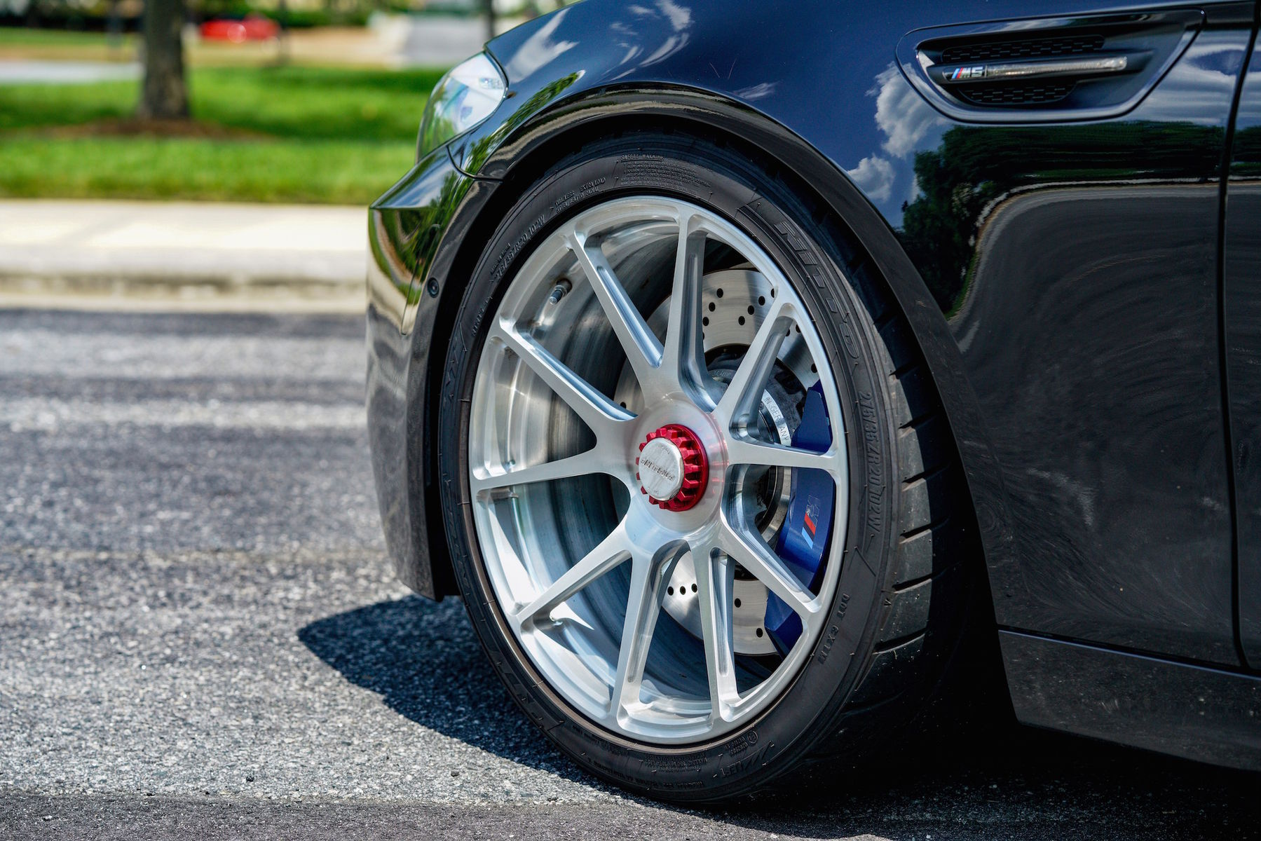 "2016 BMW M5 | Ruben Ocampo's Twin-Turbocharged ""Ronin"" BMW M5 on Center Locking Forgeline One Piece Forged Monoblock GA1R Wheels"