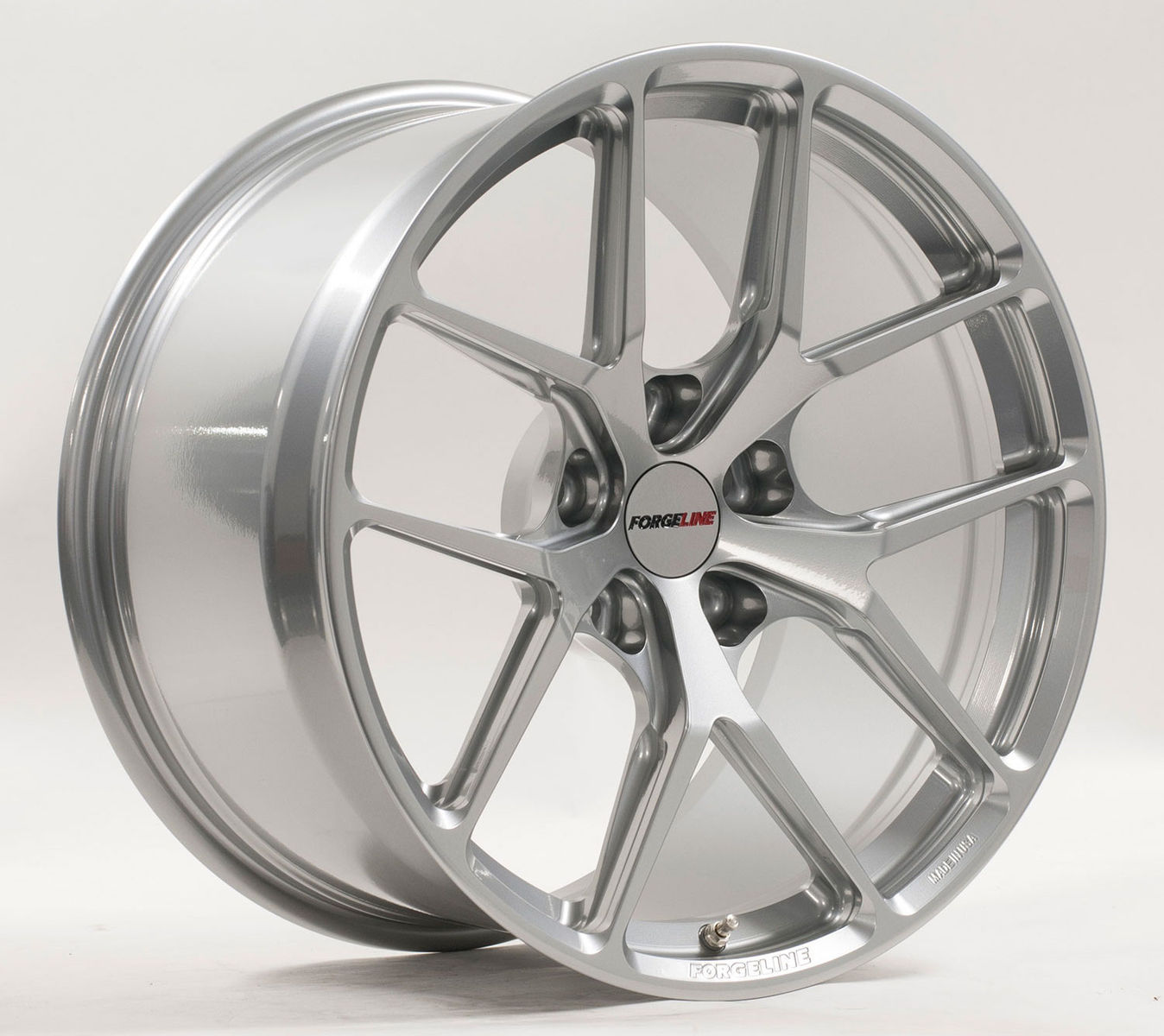 | Forgeline One Piece Forged Monoblock VX1R in Hyper Silver