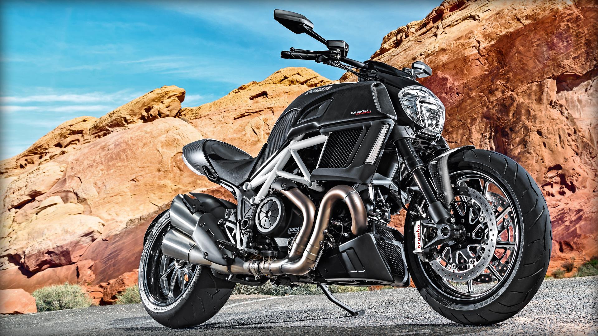 2014 Ducati DIAVEL CARBON | Ducati Diavel Carbon