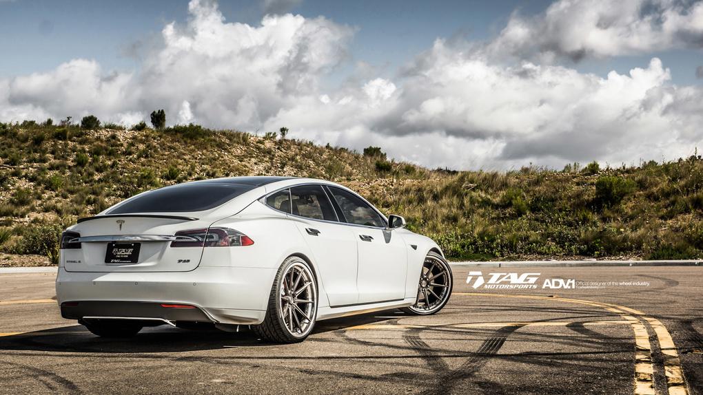 2014 Tesla Model S   '14 Tesla Model S on ADV.1's