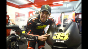 2014 MotoGP Testing - Valencia - Crutchlow and the new Ducati GP14