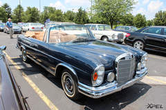 A beautiful classic Mercedes-Benz