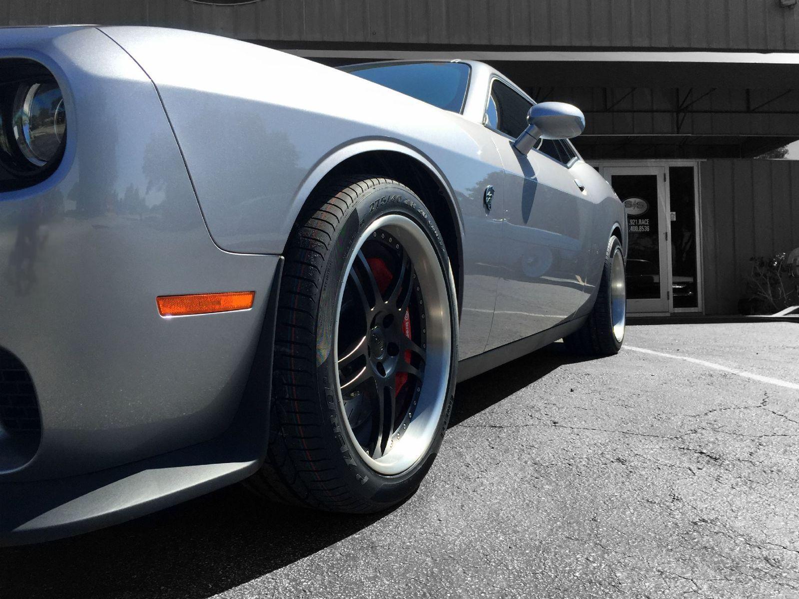2015 Dodge Challenger | Challenger SRT Hellcat on Forgeline DS3P Wheels