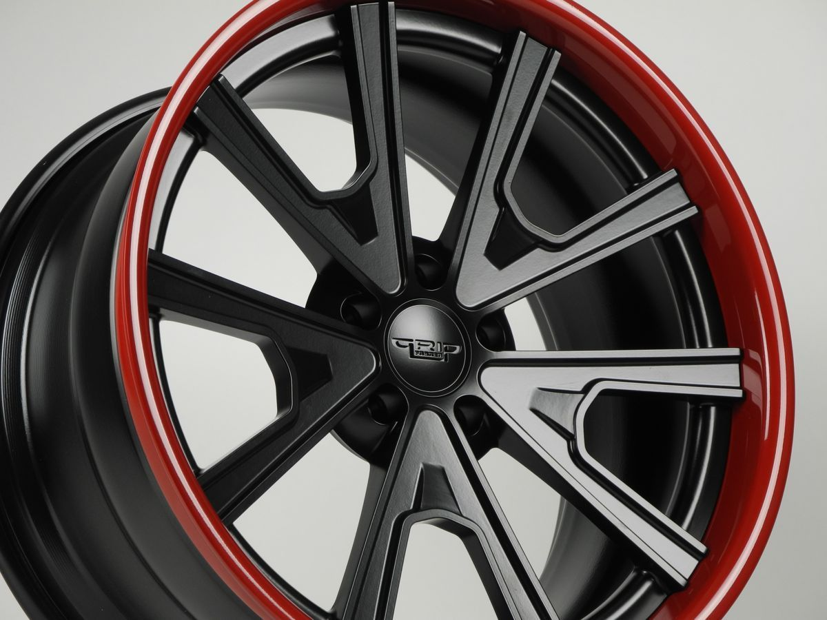 | Grip Equipped Grudge Wheel in Satin Black with Super Wet Red Outer
