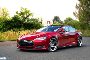Radi8 R8S5 - Tesla Model S