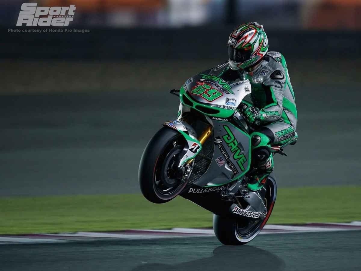 2014 Honda  | Nicky puts air under the front at Qatar