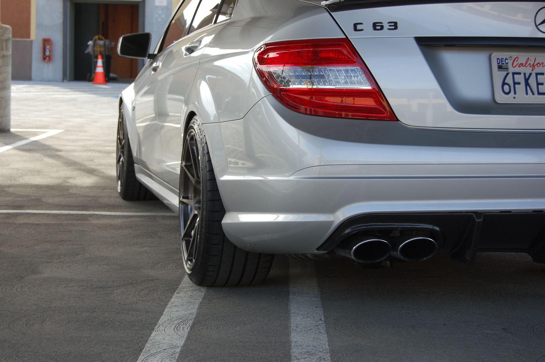 2009 Mercedes-Benz C63 AMG | C63 AMG on Forgeline GA1R Open Lug Cap Edition Wheels