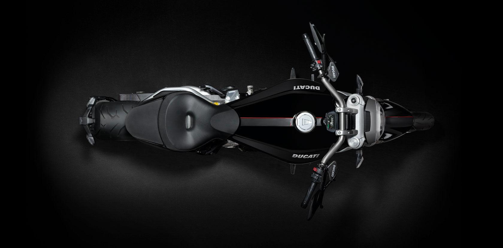 2016 Ducati XDiavel S | XDiavel - Top Shot