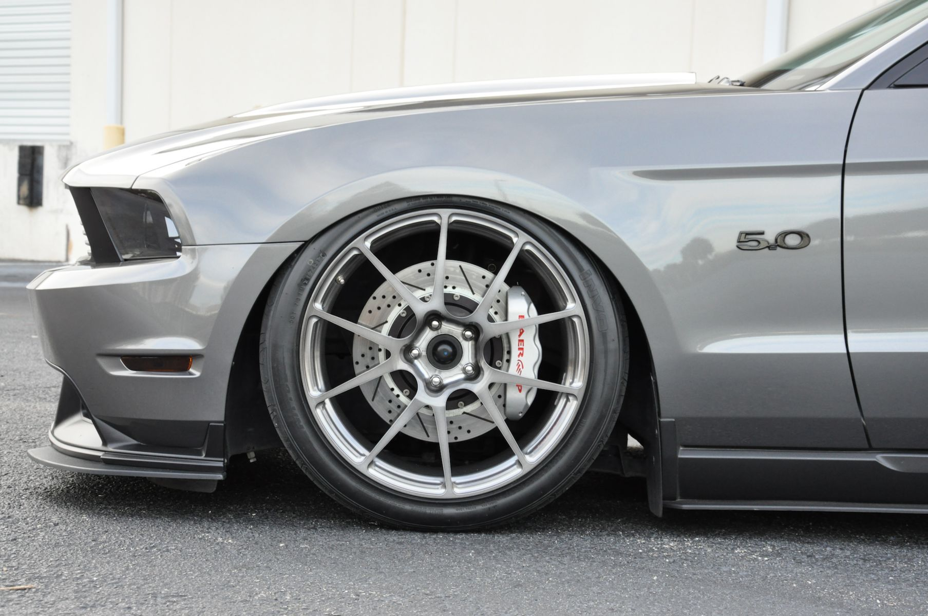 2011 Ford Mustang | Forgeline GA1R Open Lug Wheel