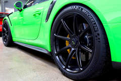 BBi Autosport Lizard Green Porsche 991.2 GT3 RS on Forgeline One Piece Forged Monoblock GE1 Wheels