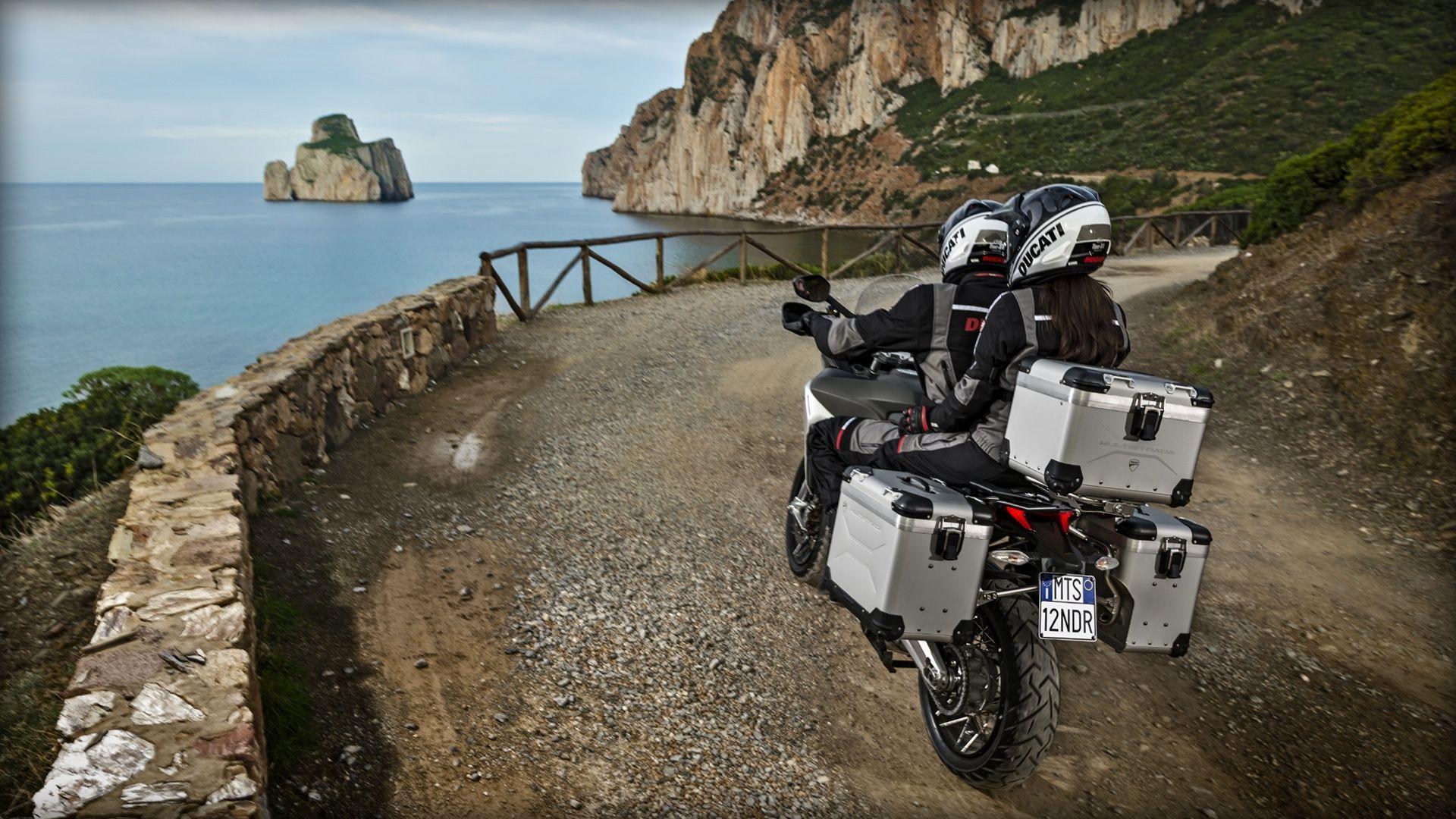2016 Ducati Multistrada 1200 Enduro   Multistrada 1200 Enduro - Ocean
