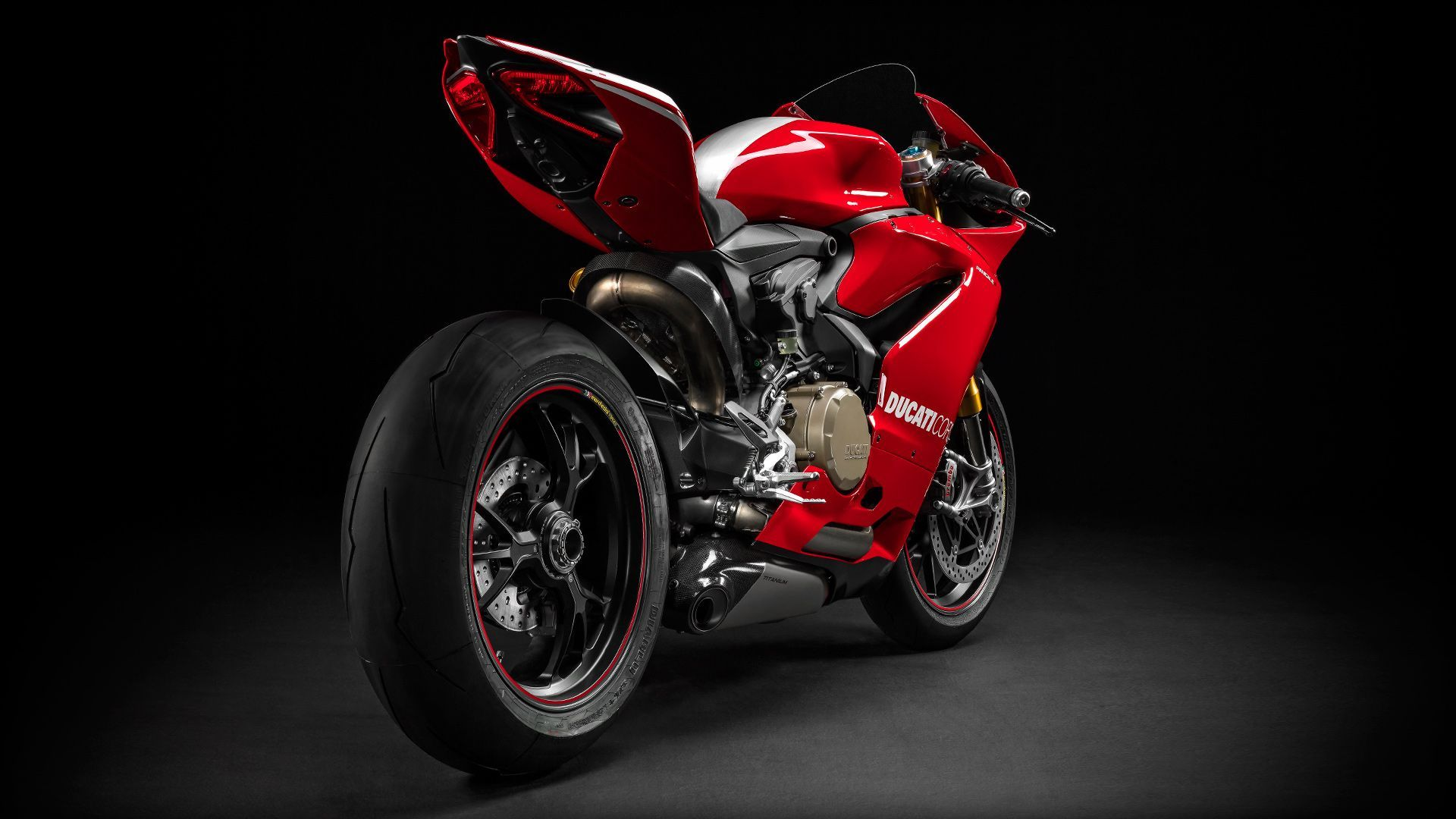 2015 Ducati Panigale R | Panigale R - Rear Angled Shot