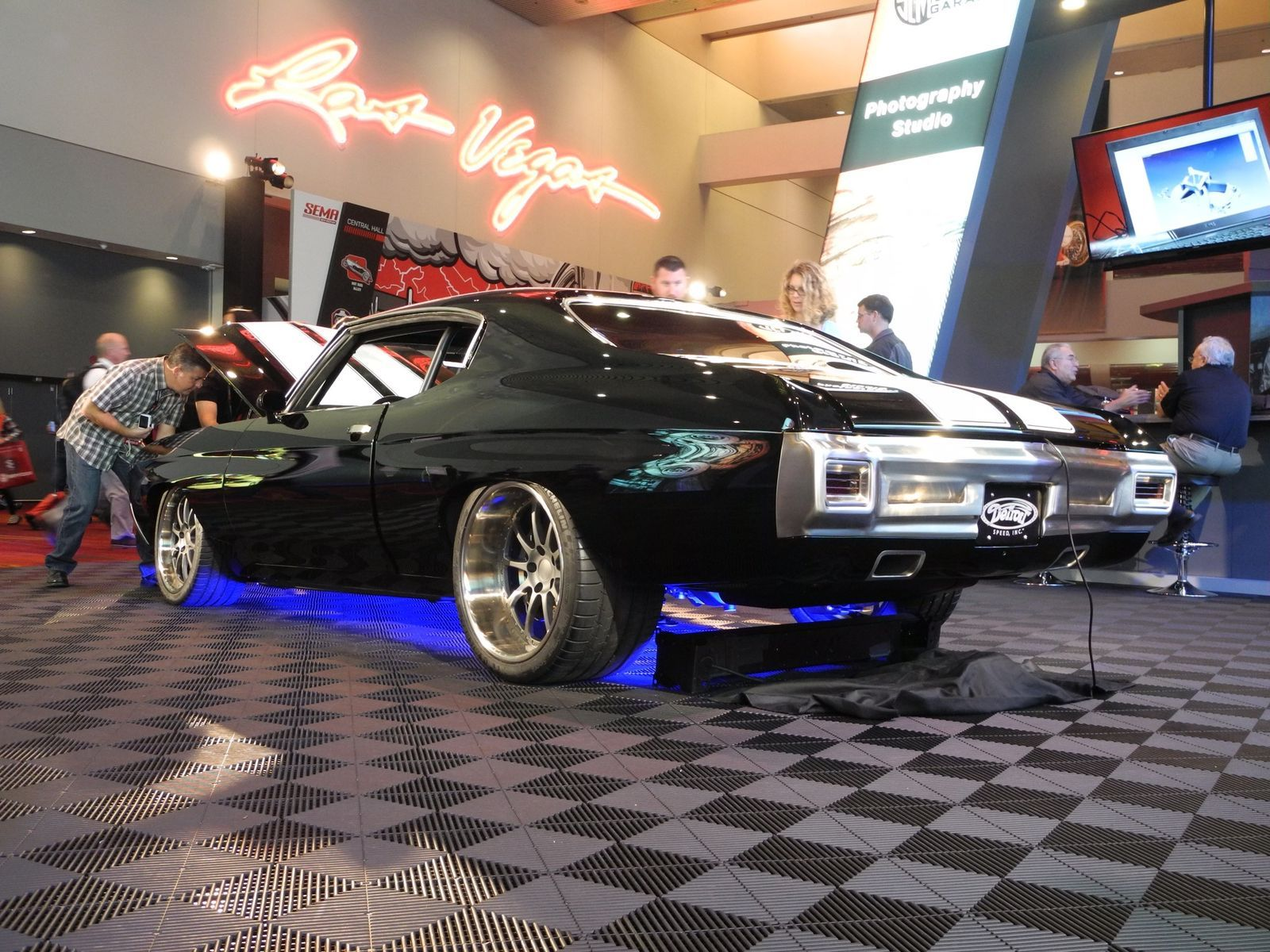 1970 Chevrolet Chevelle | Throwback Thursday to SEMA 2015 and Moe's Detroit Speed '70 Chevelle on Forgeline ZX3P Wheels