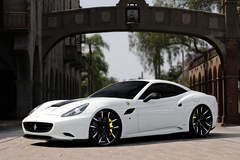 Ferrari California on Lexani LF-102's