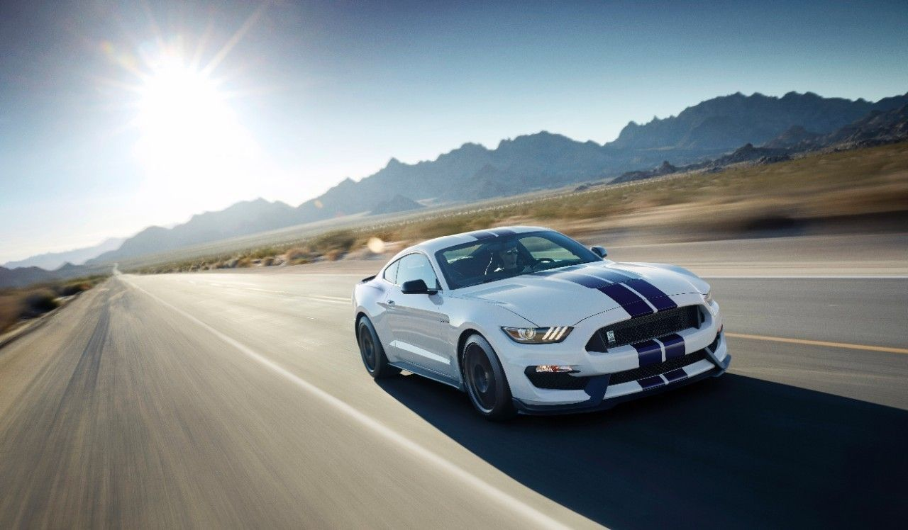 2016 Ford Mustang | 2016 Ford Mustang Shelby GT350