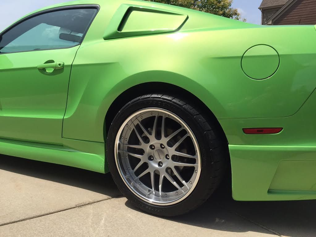 2014 Ford Mustang | Mustang on Forgeline DE3P Wheels