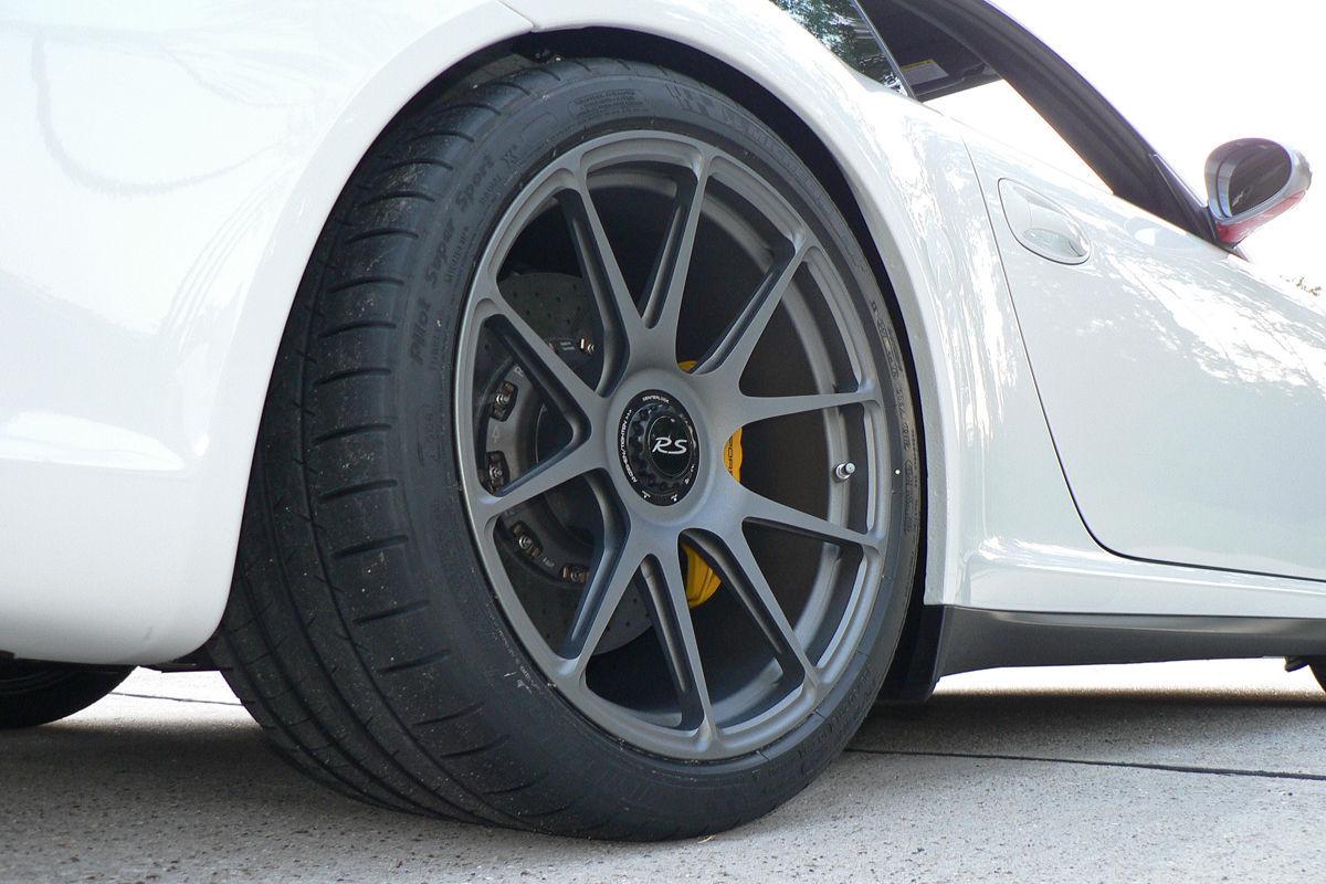 2011 Porsche 911    Project GT3RS 4.0 on Forgeline GA1R Wheels