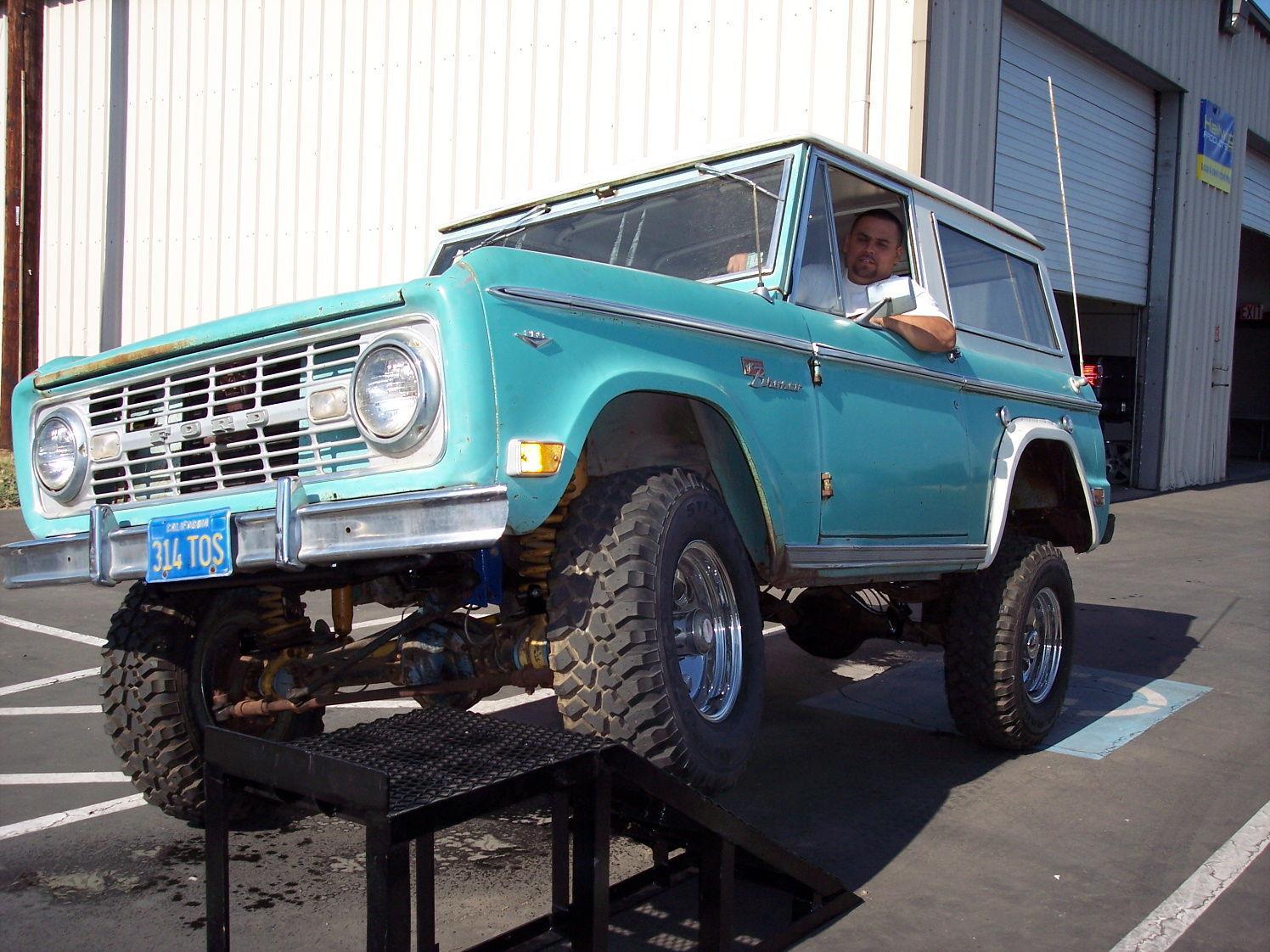 1968 Ford Bronco | Hellwig Bronco