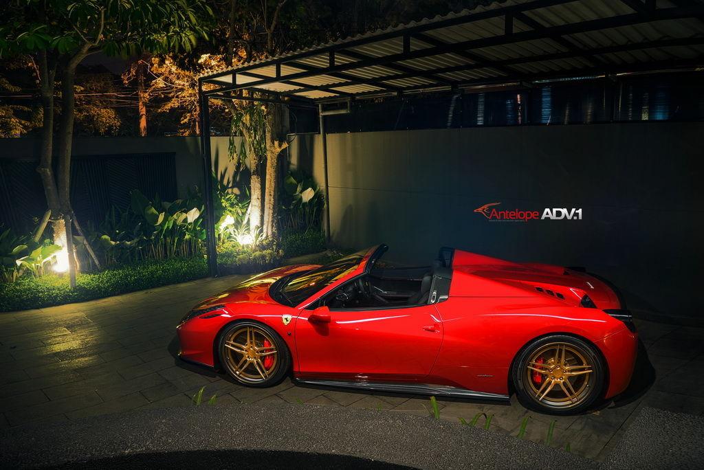 Ferrari 458 Italia   Ferrari 458 Spider