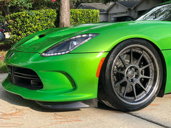 2014 Dodge Viper | Ryan Frankenfield's Stryker Green Dodge Viper GTS on Forgeline Rebel 6-Lug Wheels